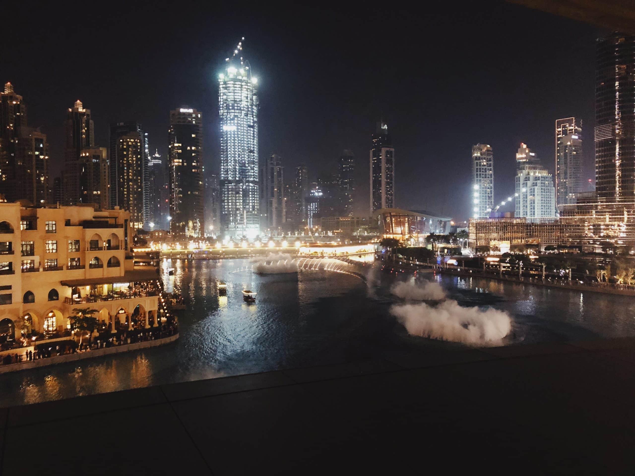 dubai highlights- dubai- abu dhabi-reiseblog-sightseeing-citytrip-burj khalifa-dubai mall