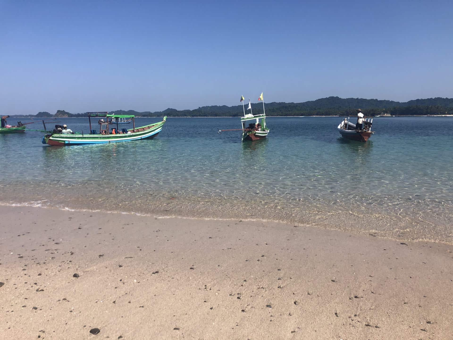 ngapali beach-myanmar strand-bootstour